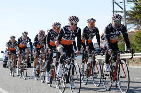 El equipo en su pretemporada en Alicante. Foto: ProbikeCenter.