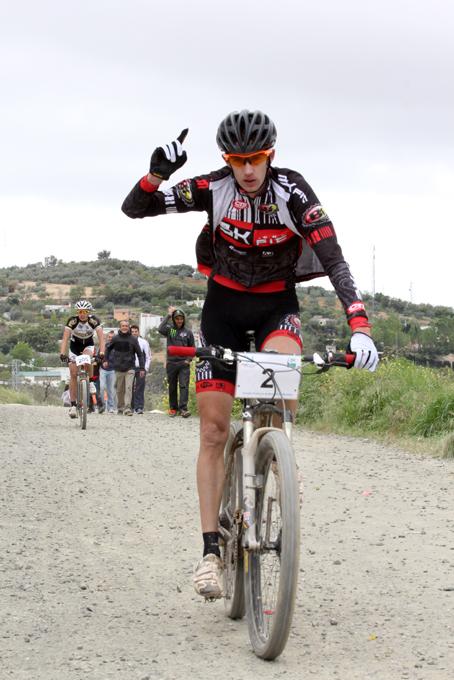 Juan José Chinchilla vence en la carrera del Open de Andalucía disputada en Archidona. Foto: Ciclismo Andaluz.