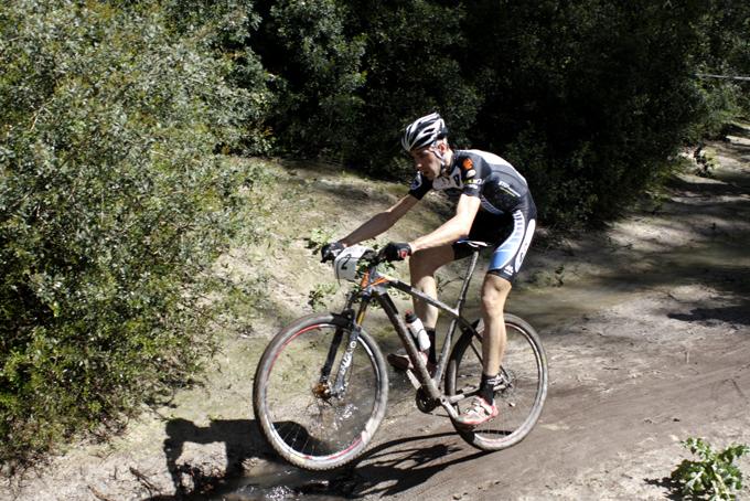 David Valero, ganador y nuevo líder en Jerez