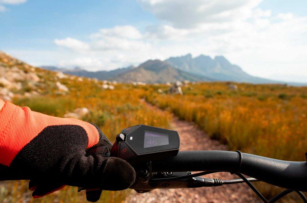 Bicicleta eléctrica de montaña de Decathlon Rockrider e-ST900